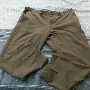 Haggar Khaki pants Cool 18 Pro Classic Fit 40x30